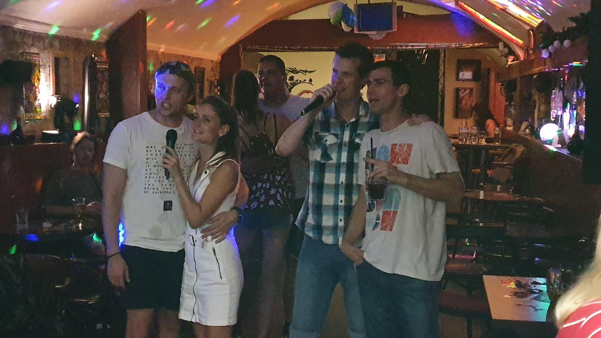 Opera Smici Karaoke